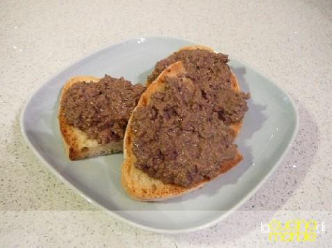 crostini di fegatini toscani